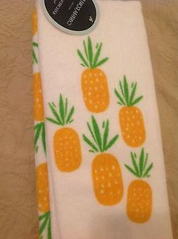 CYNTHIA ROWLEY KITCHEN TOWELS  WHITE WITH PINEAPPLES PLUSH 1