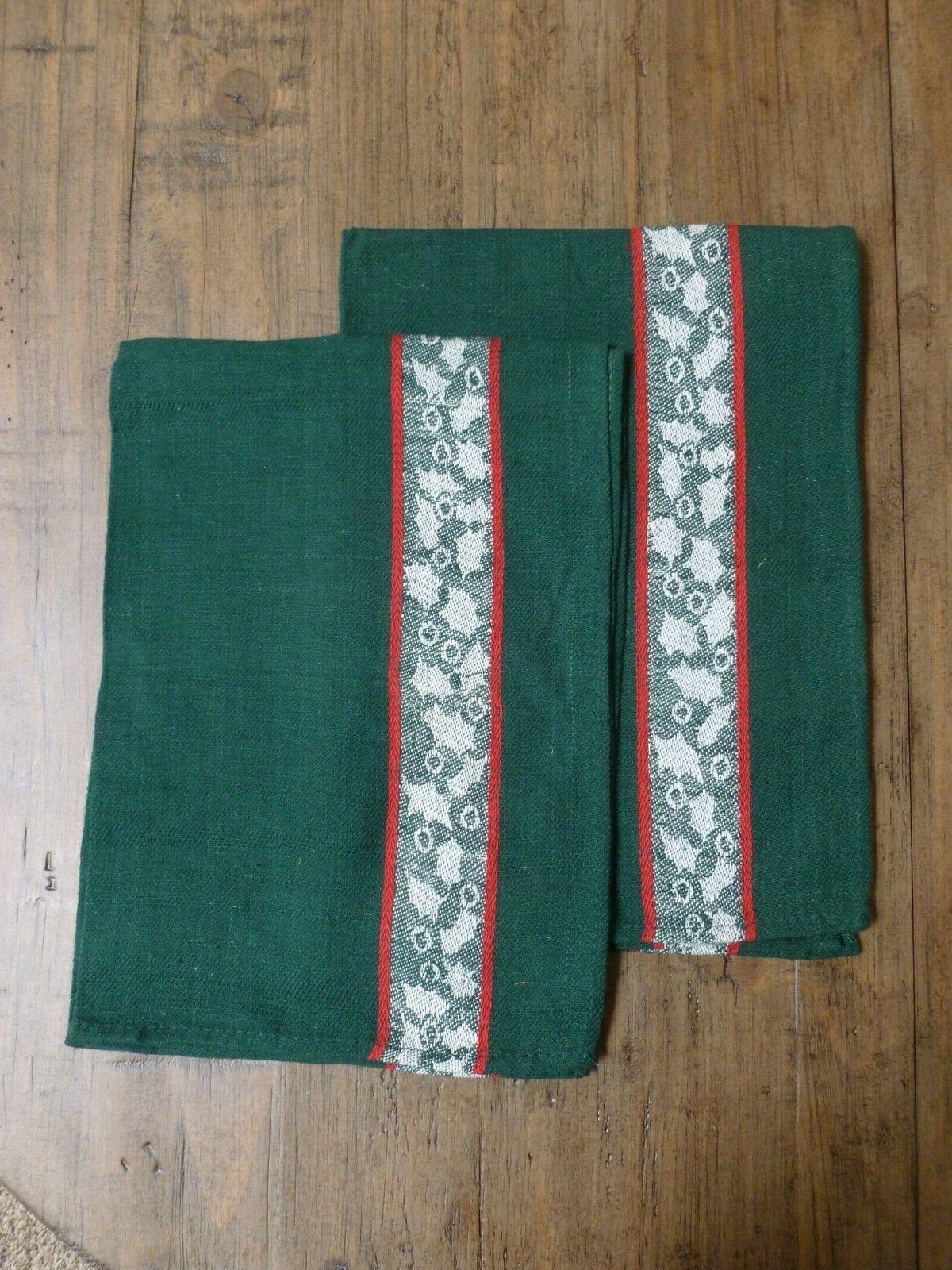 2 green kitchen towels holly leaves 26