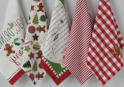 "** CHRISTMAS Towels ** Gingerbread Man Towels"" by DII"
