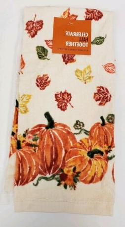 Set of 2 Kitchen Towels Fall Autumn Pumpkins Leaves Pattern
