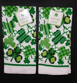 Set Of 2 - Shamrocks Hand Towels - Irish Celtic Shamrock Kit