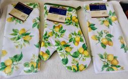 Set Of 2 Towels + OVEN MITTEN Lots O' Lemons Yellow Kitchen