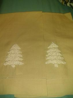 """Kitchen Towels 2 PC set. """" The Royal Standard Brand New"""